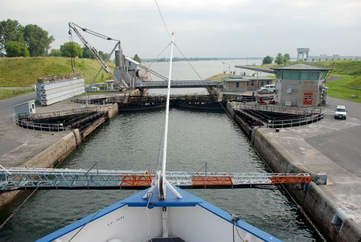St Lawrence Seaway Locks Iroquois lock